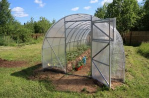 Building a greenhouse plans review diy building project ixivixi and would love to own a mini version of this greenhouse you will find this greenhouse plans pdf useful if you are a gardener that loves do it yourself solutioingenieria Gallery